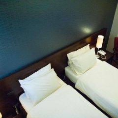 Отель Baansilom Soi 3 Таиланд, Бангкок - 1 отзыв об отеле, цены и фото номеров - забронировать отель Baansilom Soi 3 онлайн комната для гостей фото 5