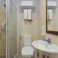 Отель iCheck inn Regency Chinatown Таиланд, Бангкок - отзывы, цены и фото номеров - забронировать отель iCheck inn Regency Chinatown онлайн ванная