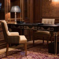 Гостиница Fairmont Grand Hotel Kyiv Украина, Киев - - забронировать гостиницу Fairmont Grand Hotel Kyiv, цены и фото номеров удобства в номере