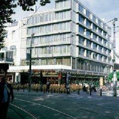 Отель NH Amsterdam Caransa спортивное сооружение