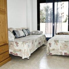 Отель Apartaments Eton Испания, Льорет-де-Мар - отзывы, цены и фото номеров - забронировать отель Apartaments Eton онлайн комната для гостей