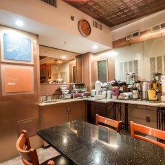 Отель La Quinta Inn & Suites New York City Central Park питание фото 3