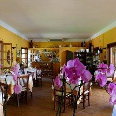 Отель Albergo la Luna Сарцана гостиничный бар
