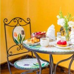 Отель Suites Los Camilos - Adults Only Мексика, Мехико - отзывы, цены и фото номеров - забронировать отель Suites Los Camilos - Adults Only онлайн питание фото 3