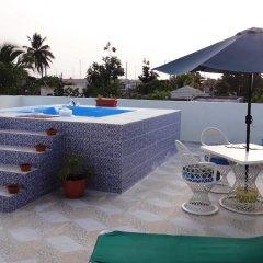 Отель Business & Holiday Aparthotel бассейн