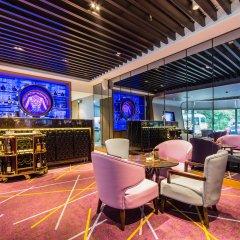 Hotel Equatorial Shanghai гостиничный бар