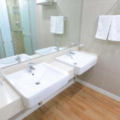 Отель Yongpyong Resort Dragon Valley Hotel Южная Корея, Пхёнчан - отзывы, цены и фото номеров - забронировать отель Yongpyong Resort Dragon Valley Hotel онлайн ванная