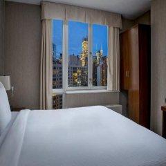 Отель DoubleTree by Hilton New York Downtown 4* Стандартный номер с различными типами кроватей фото 11