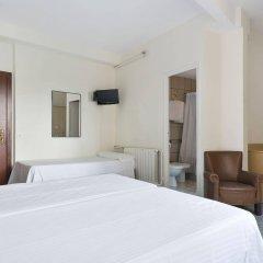 Hotel Climent Барселона комната для гостей фото 4