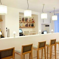 Отель NH Frankfurt Messe гостиничный бар