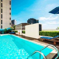 Отель Saigon Prince Hotel Вьетнам, Хошимин - 1 отзыв об отеле, цены и фото номеров - забронировать отель Saigon Prince Hotel онлайн бассейн фото 2