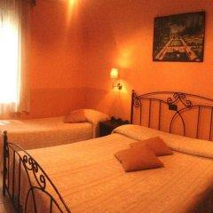 Отель Degli Amici Италия, Помпеи - отзывы, цены и фото номеров - забронировать отель Degli Amici онлайн комната для гостей фото 5