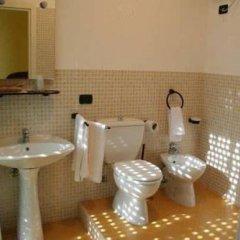 Отель Morfeo Residence Италия, Сиракуза - отзывы, цены и фото номеров - забронировать отель Morfeo Residence онлайн ванная фото 2