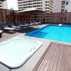 Отель Citrus Suites Sukhumvit 6 By Compass Hospitality Бангкок бассейн фото 3