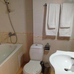 Отель Chepelare Болгария, Чепеларе - отзывы, цены и фото номеров - забронировать отель Chepelare онлайн ванная