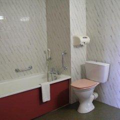 Отель Hôtel Ibis Toulouse Purpan Франция, Тулуза - отзывы, цены и фото номеров - забронировать отель Hôtel Ibis Toulouse Purpan онлайн ванная
