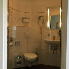 Отель Landmark Eco Hotel (ex Five Floors) Германия, Берлин - отзывы, цены и фото номеров - забронировать отель Landmark Eco Hotel (ex Five Floors) онлайн ванная фото 2