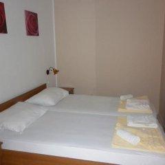 Отель Mojo Budva Черногория, Будва - отзывы, цены и фото номеров - забронировать отель Mojo Budva онлайн сейф в номере