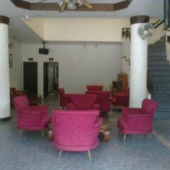 Отель The Kata Resort интерьер отеля
