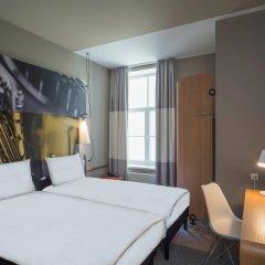 Отель Ibis Riga Centre Латвия, Рига - 7 отзывов об отеле, цены и фото номеров - забронировать отель Ibis Riga Centre онлайн комната для гостей фото 5
