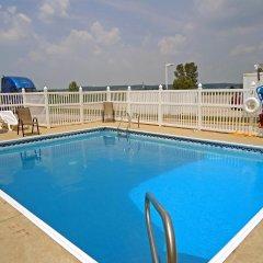 Отель Motel 6 Dale бассейн