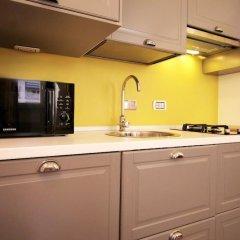 Апартаменты Colorful and Lively Vatican Apartment в номере