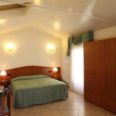 Отель Albergo Alla Campana Доло комната для гостей фото 4