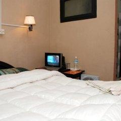 Отель Peak Point Hotel Непал, Катманду - отзывы, цены и фото номеров - забронировать отель Peak Point Hotel онлайн сейф в номере