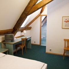 Отель Adalbert Ecohotel Чехия, Прага - 3 отзыва об отеле, цены и фото номеров - забронировать отель Adalbert Ecohotel онлайн удобства в номере фото 2