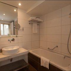 Отель B-aparthotel Grand Place Бельгия, Брюссель - 2 отзыва об отеле, цены и фото номеров - забронировать отель B-aparthotel Grand Place онлайн ванная фото 2