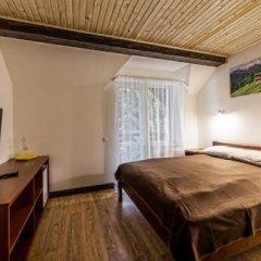 Гостиница Alpiyskiy Украина, Буковель - отзывы, цены и фото номеров - забронировать гостиницу Alpiyskiy онлайн комната для гостей фото 2