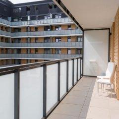 Отель Pure Rental Apartments - City Residence Польша, Вроцлав - отзывы, цены и фото номеров - забронировать отель Pure Rental Apartments - City Residence онлайн балкон