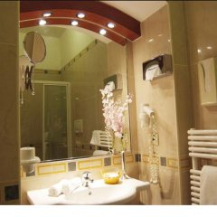 Hotel Adria Бари ванная фото 2