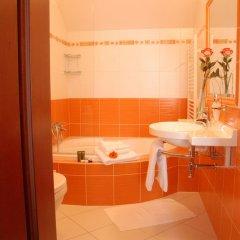 Отель Komorni Hurka Чехия, Хеб - отзывы, цены и фото номеров - забронировать отель Komorni Hurka онлайн ванная фото 2