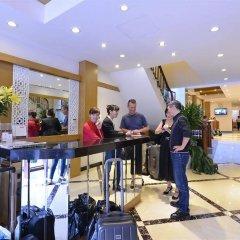 Отель Golden Sun Suites Hotel Вьетнам, Ханой - отзывы, цены и фото номеров - забронировать отель Golden Sun Suites Hotel онлайн гостиничный бар