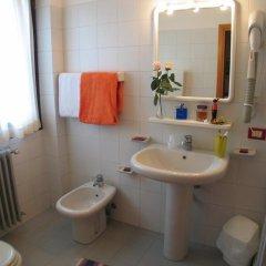 Hotel La Lanterna Киеза-ин-Вальмаленко ванная