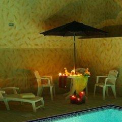 Al Raya Hotel Apartment бассейн