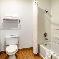 Отель Quality Inn ванная