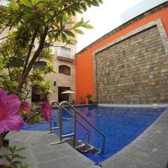 Hotel Celta бассейн