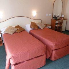 Отель Crosal Италия, Римини - отзывы, цены и фото номеров - забронировать отель Crosal онлайн комната для гостей фото 4