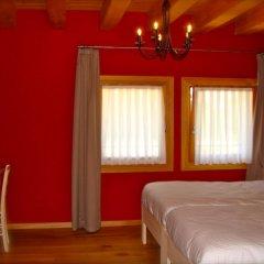 Отель Agriturismo La Risarona Грумоло-делле-Аббадессе комната для гостей
