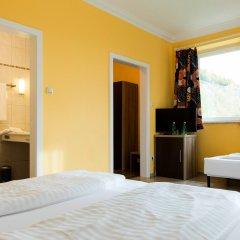 Отель Restaurant Villa Flora Аниф удобства в номере
