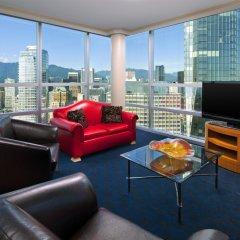 Отель Sheraton Vancouver Wall Centre Канада, Ванкувер - отзывы, цены и фото номеров - забронировать отель Sheraton Vancouver Wall Centre онлайн комната для гостей