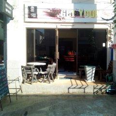 Отель Chalong Hip Host and J.J. Bar с домашними животными