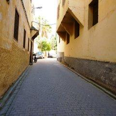 Отель Palais d'Hôtes Suites & Spa Fes Марокко, Фес - отзывы, цены и фото номеров - забронировать отель Palais d'Hôtes Suites & Spa Fes онлайн парковка