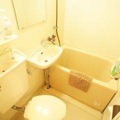 Отель Plus One Fujisaki Фукуока ванная фото 2