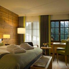 Отель HUUS Gstaad Швейцария, Занен - отзывы, цены и фото номеров - забронировать отель HUUS Gstaad онлайн комната для гостей