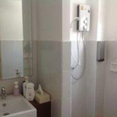 Отель Internet Comic Café YOMIHOO - Adults Only ванная