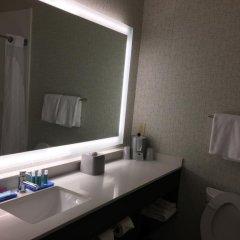 Отель Holiday Inn Express Ex I-71 / OH State Fair / Expo Center США, Колумбус - отзывы, цены и фото номеров - забронировать отель Holiday Inn Express Ex I-71 / OH State Fair / Expo Center онлайн ванная