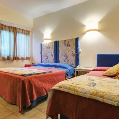 Hotel Villamare Фонтане-Бьянке сейф в номере